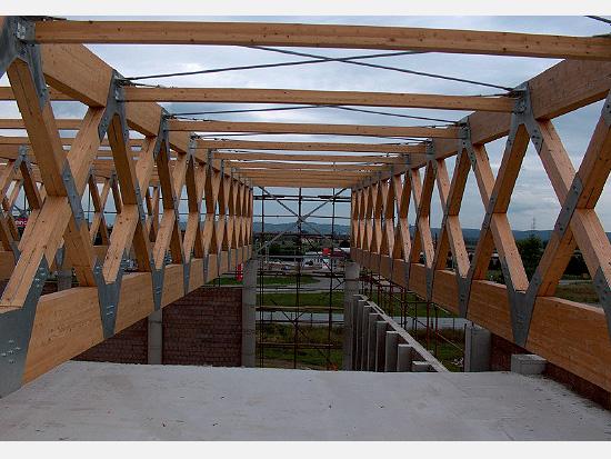 Glulam characteristics drvene konstrukcije
